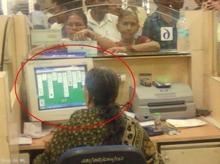 Quando você vai ao banco, você...
