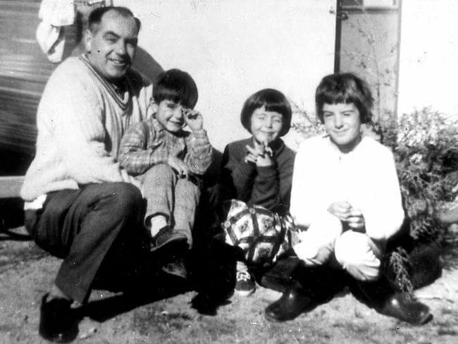 Crianças desaparecidas em Beaumont com o pai