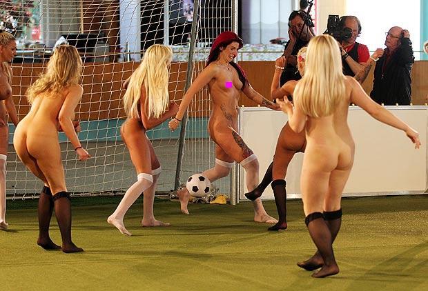 Nude Female Football 20