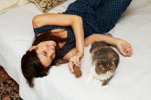 mulheres-gatos13