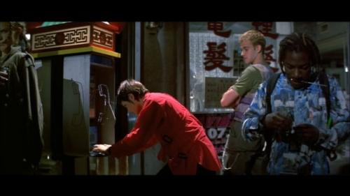 Cena do filme Hackers, piratas de computador, sem rapazinhos/Reprodução