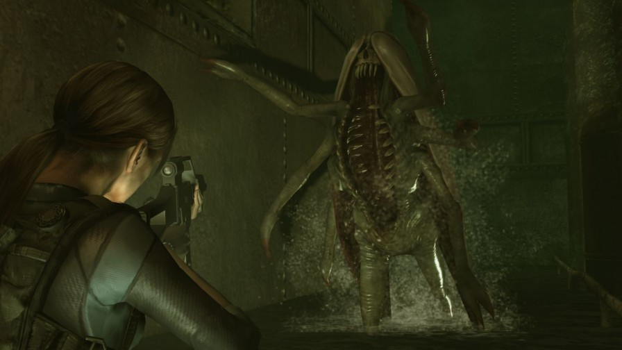 Resident_Evil_Revelations_XB1_PS4_-_0_(7)_png_jpgcopy