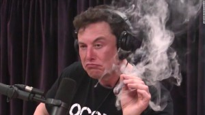 180907100732-elon-musk-smokes-marijuana-podcast-1-super-tease