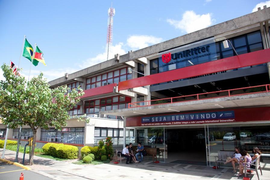 2011 - Nova Fachada do Prédio A em Porto Alegre