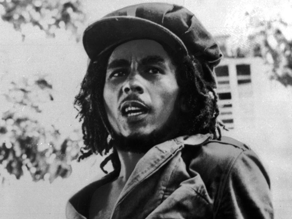 bob-marley-em-setembro-de-1976-na-foto-do-arquivo-da-island-records-1304983229507_1024x768