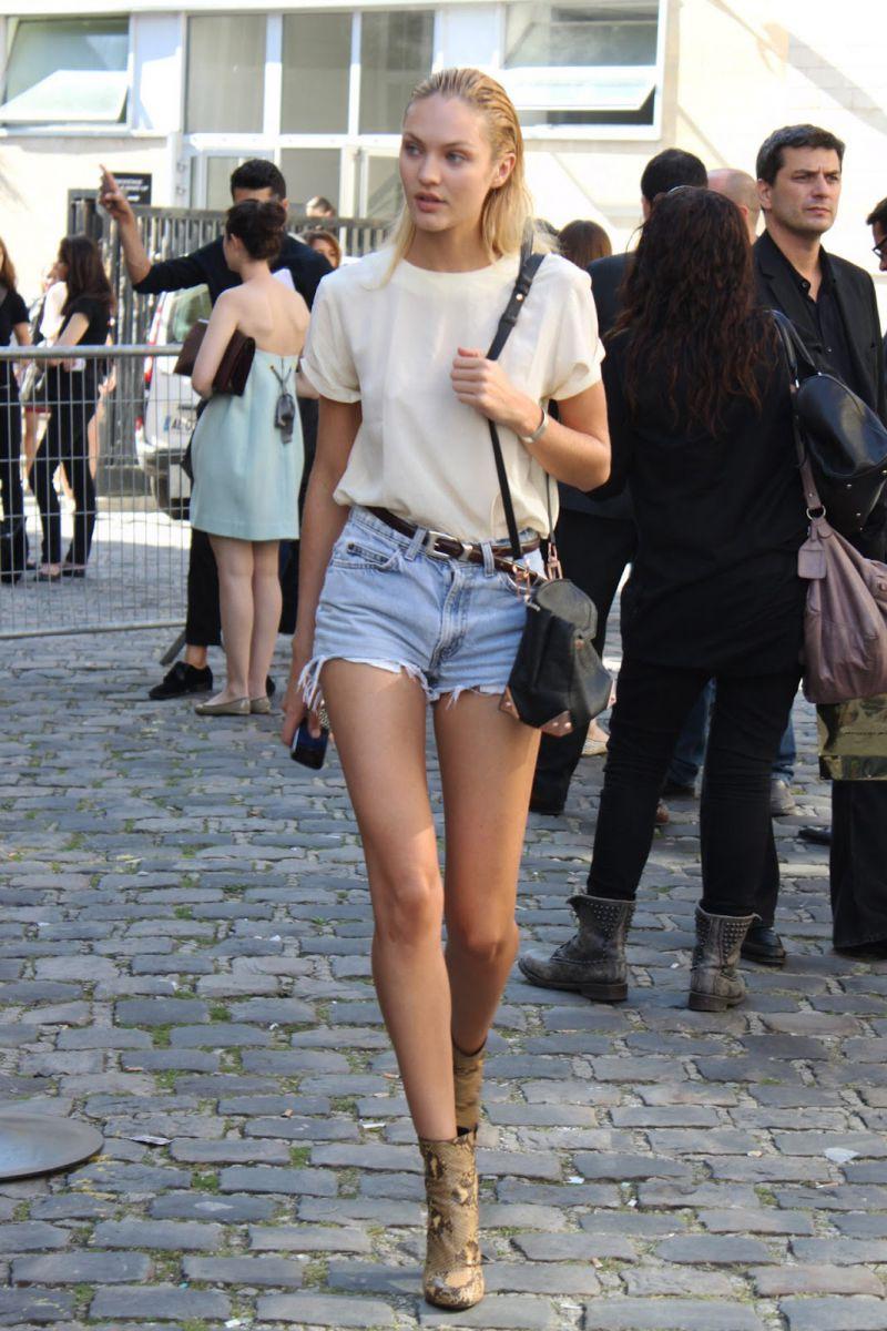 street_style-denim shorts