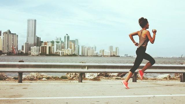 girlrunning