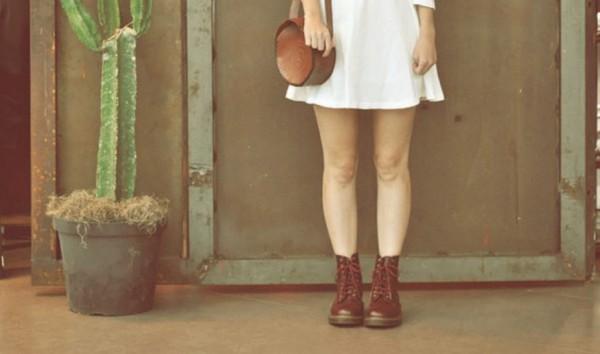 99b817d95 Dica da Juju: como usar bota de cano curto com saia ou vestido - ATL Girls
