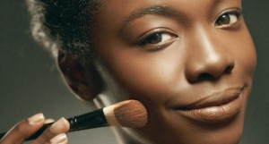 Maquiagem-Pele-Negra-Morena-01