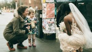 menina e noiva