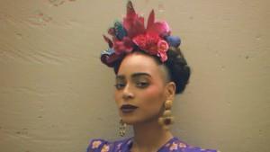 beyonce-stuns-as-frida-kahlo-for-second-halloween-costume-02