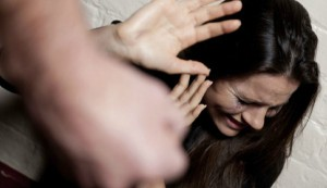 mulher-estuprada