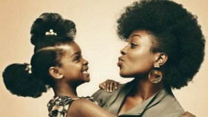 black-afro-hairstyle-mother-with-her-natural-styled-daughter
