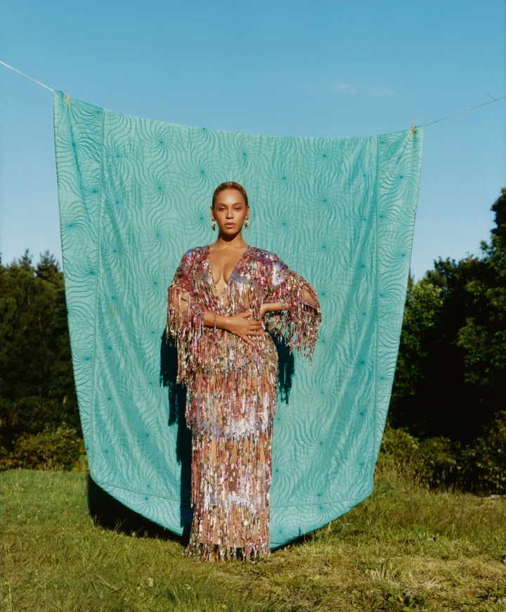 07-beyonce-vogue-september-cover-2018_4058.1011-720x870