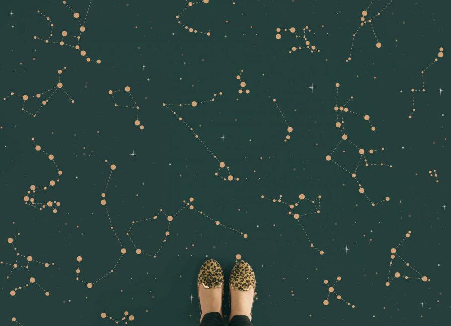 constellations-kids-navy-feet