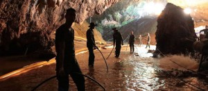 xTOPSHOT-THAILAND-WEATHER-ACCIDENT-CHILDREN-CAVE.jpg.pagespeed.ic.3UUuhUdn2S